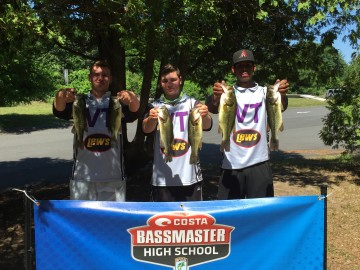 Golocalworcester blackstone valley tech students smith for Local bass fishing clubs