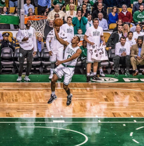 Avery Bradley's three lifts Celtics over Cleveland